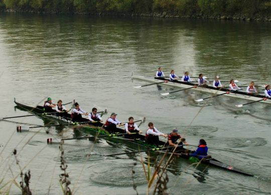 laura-in-action-eights-on-sava-2016