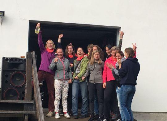 "Stromstaffel - Frauen-Staffel ""XX row"""